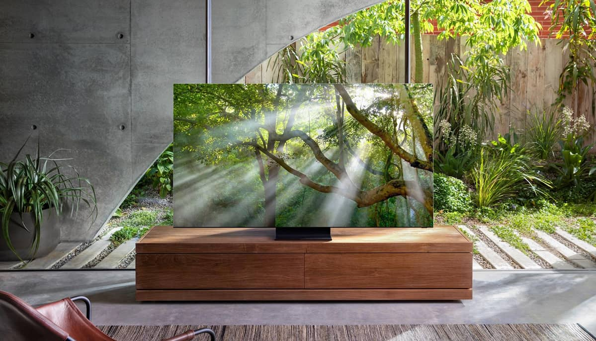 Безрамочный 8K-телевизор Samsung