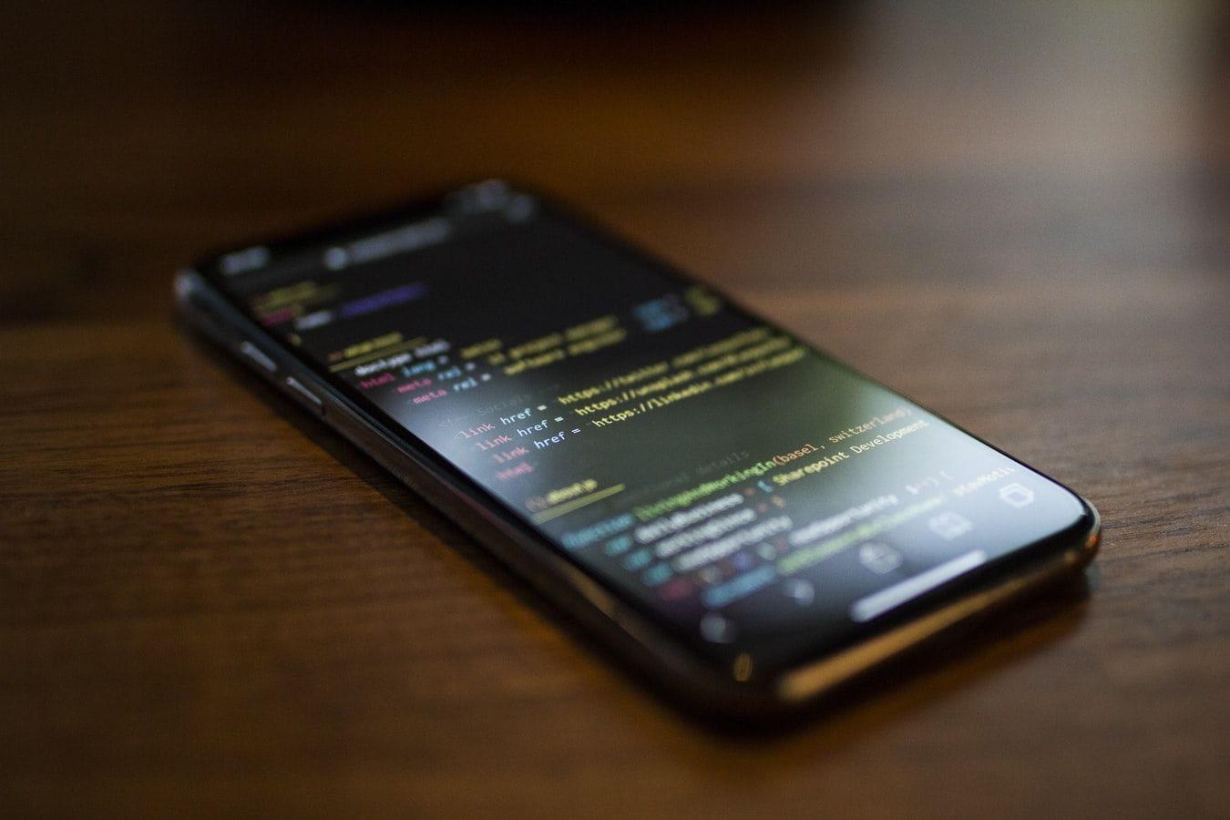 Новый iPhone SE 2 слухи