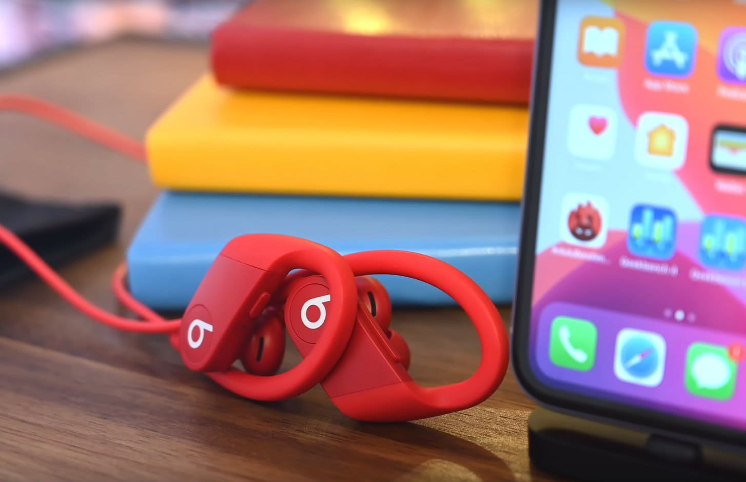 Powerbeats 4