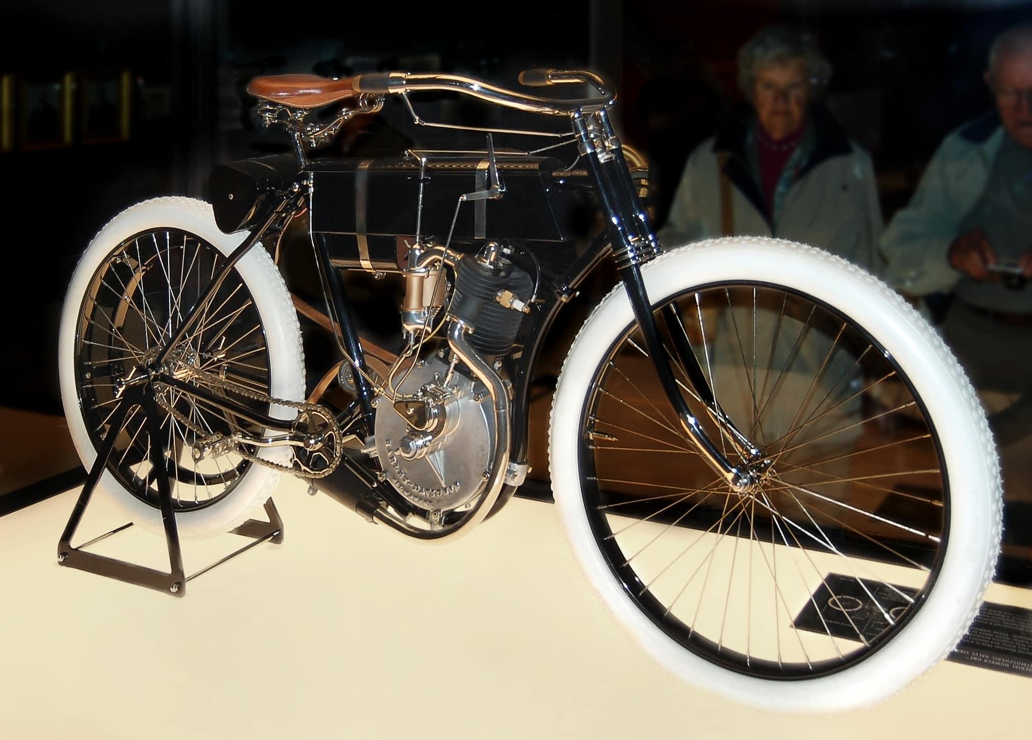 Harley-Davidson Model 1